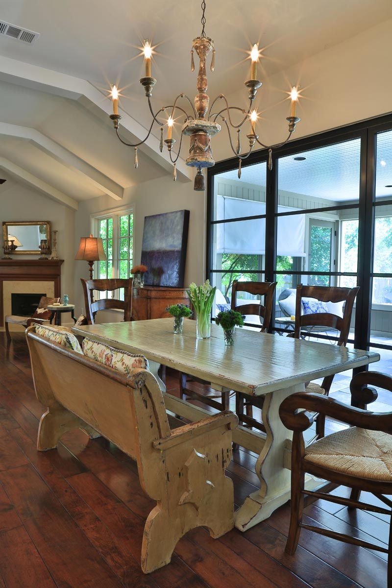 Sendero dining room photo